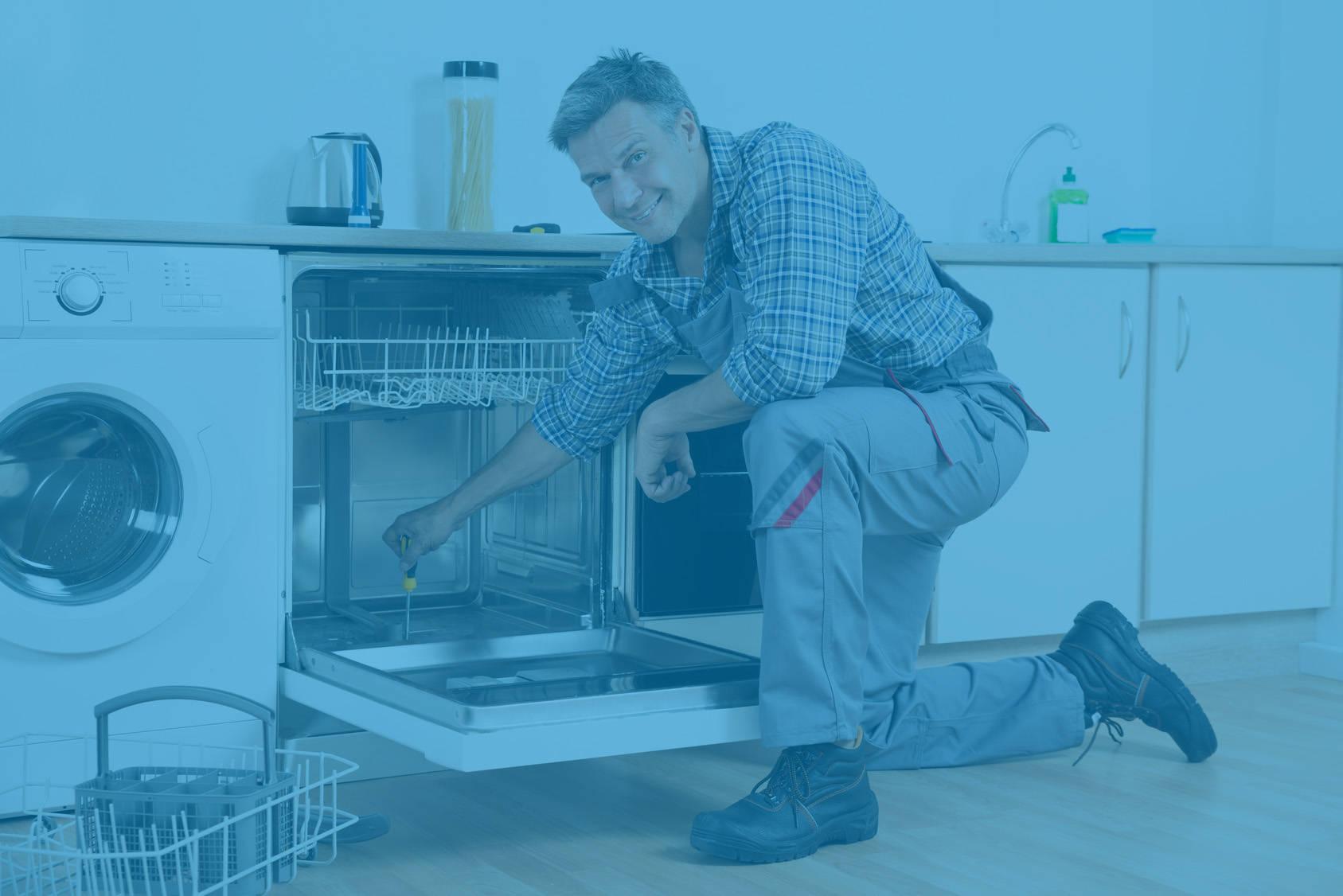 Técnicos de lavadoras, neveras, secadoras, lavavajillas, calentadores, hornos